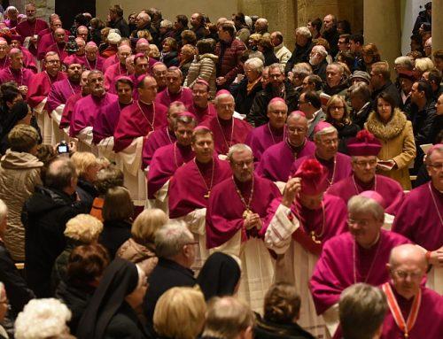 Deutsche Bischöfe fordern erhöhte Anstrengungen zur Entwicklung eines Ehekatechumenats
