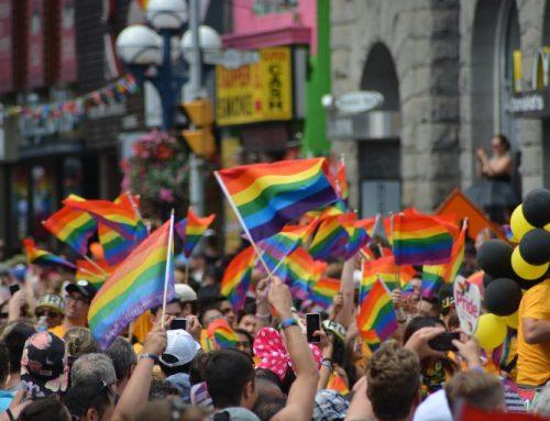 Col/ Ehe für alle: Ist die erste Dreier-Ehe in Kolumbien ein reiner Bluff?
