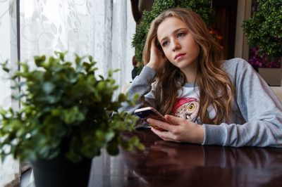 Sexting - Was tun, wenn das Kind Nachktbilder verschickt?