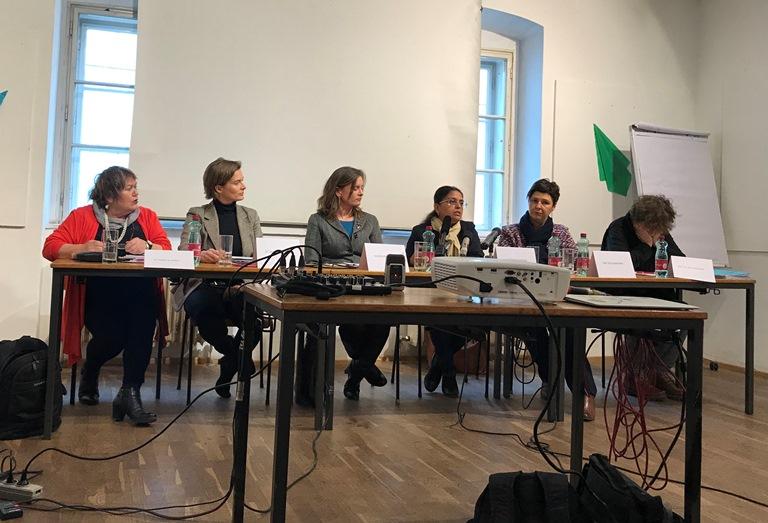 """Leihmutterschaft: Indische Wissenschaftlerin verortet """"reproduktives Unrecht"""""""
