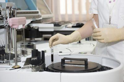 Gesundheitsrisiko für Mutter und Kind steigt durch IVF mit Eizellspende