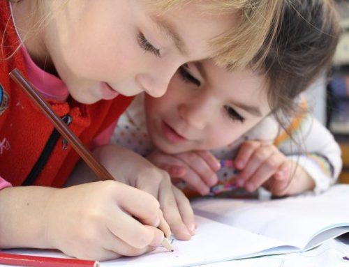 Ö / Familie: Schulanfang – oft eine familiäre Herausforderung