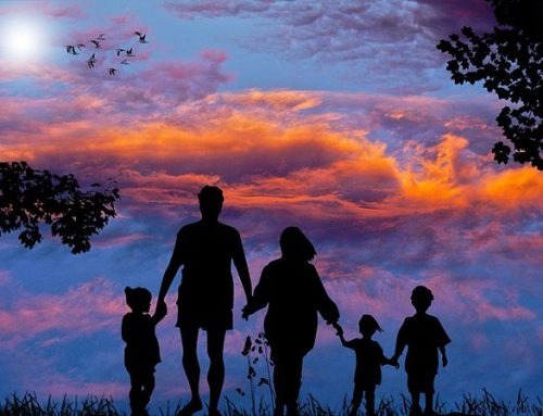 "VAT / Familie: ""Familienliebe"" – So lautet das Motto des Katholischen Weltfamilientreffens 2021"