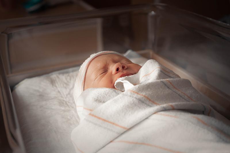 Leihmutterschaft Covid-19
